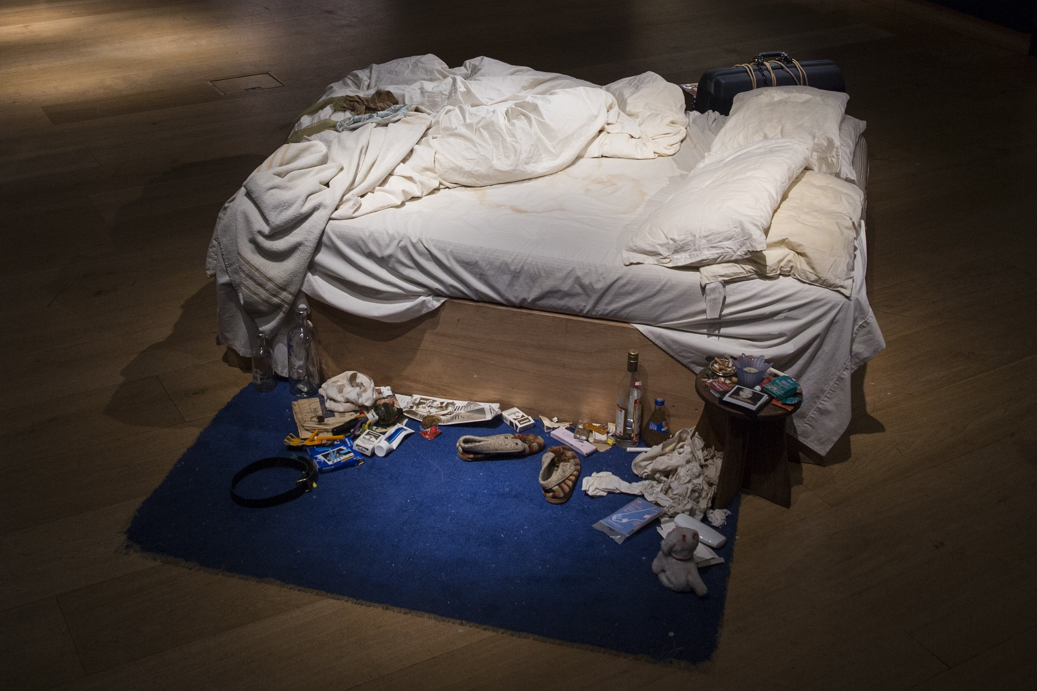 tracey emin my bed300dpi