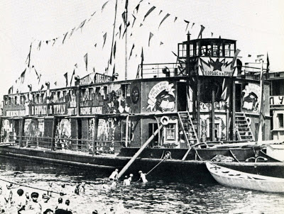 MQ Agitprop Boat with theatres and entertainment on board 1920s